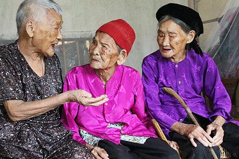 sống thọ trên 100 tuổi
