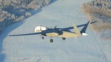 Cận cảnh máy bay không người lái hạng nặng của Nga