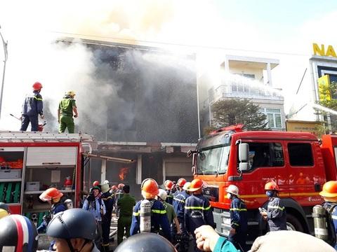 Cháy quán bar trung tâm TP Đà Nẵng