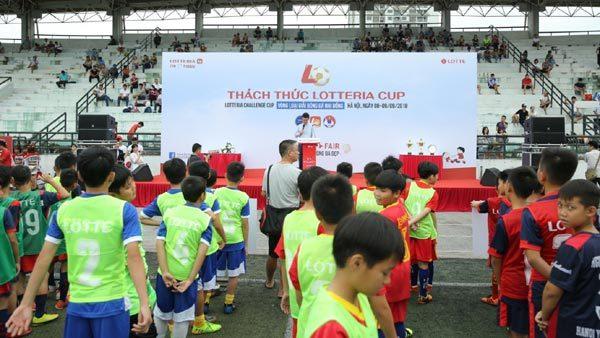 Sôi động giải bóng thiếu nhi 'Thách thức Lotteria Cup 2018'