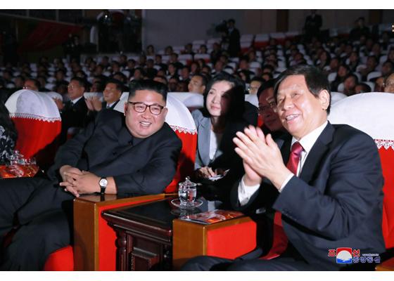 'Cánh tay phải' của ông Tập được Triều Tiên tiếp đón thế nào?