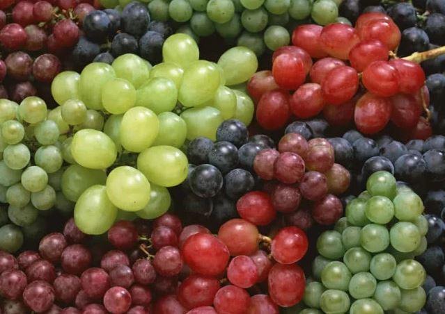 9 công dụng 'ngàn vàng' của quả nho theo màu sắc ít người biết