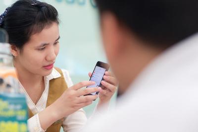 Nhà mạng cấp tập gửi tin nhắn thông báo đổi SIM 11 số