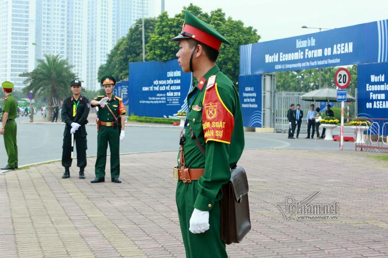 Chuyện chưa biết về xe đặc chủng dẫn đoàn WEF ASEAN
