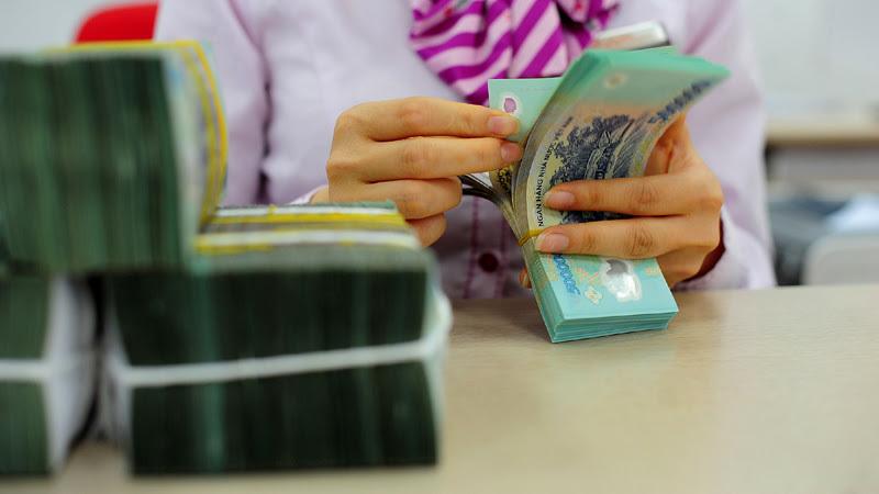 lãi suất huy động,tăng lãi suất,vốn ngân hàng,tăng trưởng tín dụng,huy động vốn