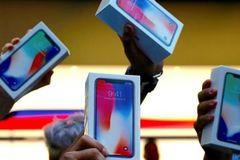 Trước giờ iPhone Xs ra mắt, iPhone X giá nghìn USD vượt mốc 60 triệu chiếc