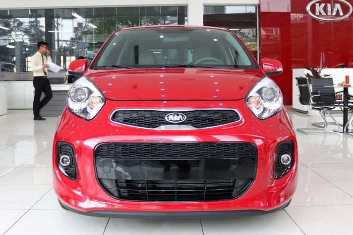 10 mẫu ôtô bán chạy nhất tháng 8 - 'ông lớn' Toyota trở lại