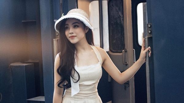 Mai Diệu Ly đóng cặp với người mẫu điển trai Lâm Bảo Châu