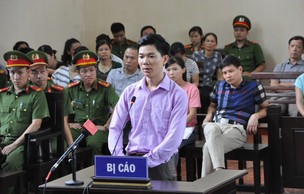 Tin pháp luật số 83: Phiên tòa chờ vợ chồng Đặng Lê Nguyên Vũ