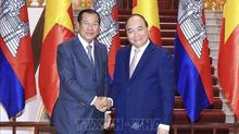 Thủ tướng tiếp Thủ tướng Lào, Campuchia