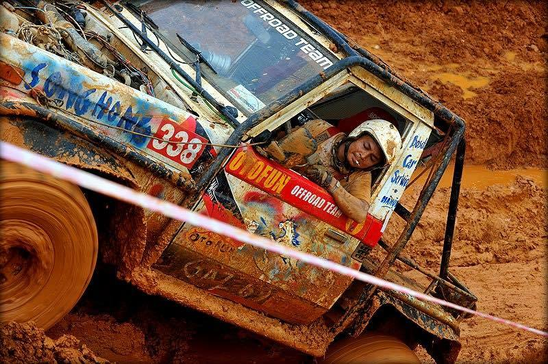 Anh Vinh trong một lần offroad