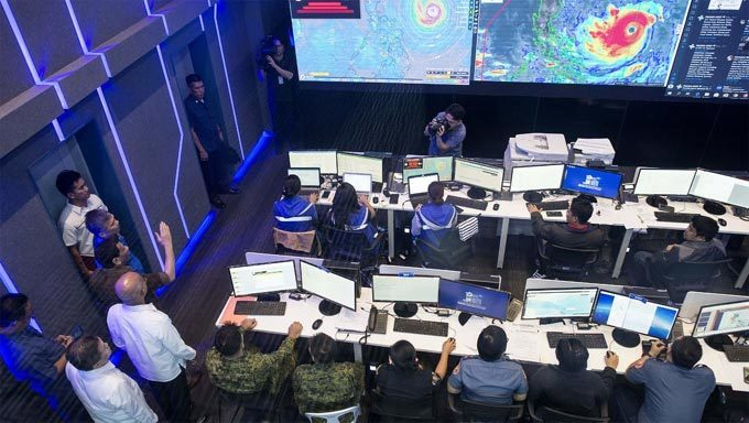 Tổng thống Philippines Duterte có mặt tại Trung tâm Phòng chống thiên tai quốc gia tại Manila ngày 13/9 để theo dõi tình hình siêu bão Mangkhut.