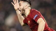 """MU tuyển trung vệ """"thép"""" Serie A, Sterling gây hấn Man City"""