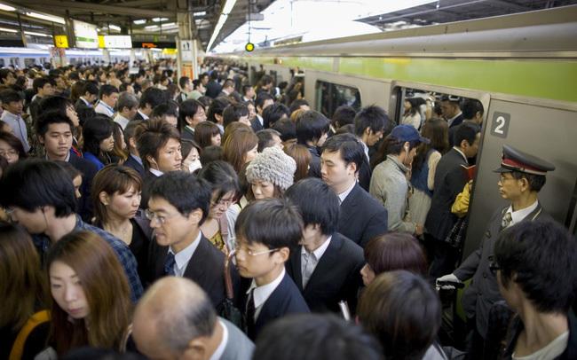 tàu điện,Nhật Bản,văn hóa giao thông,phương tiện công cộng
