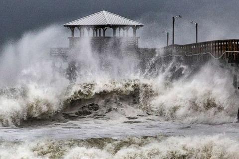 Hìhh ảnh Bắc Carolina tả tơi vì siêu bão p 2