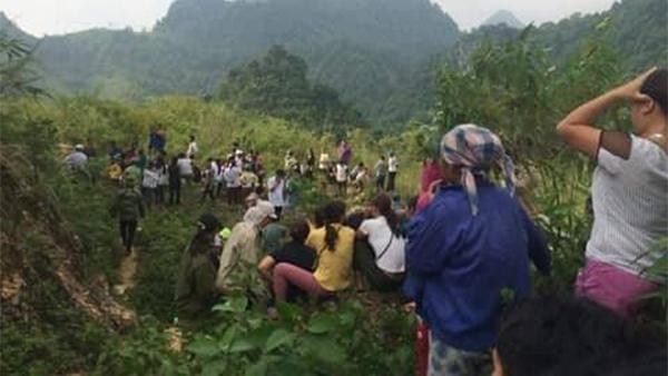 Hòa Bình: Lái xe du lịch bị siết cổ, vứt xác xuống vực sâu