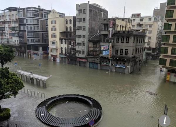 bão Mangkhut tấn công Hong Kong - 05