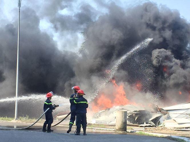 Cháy lớn tại Hưng Yên và Thái Bình