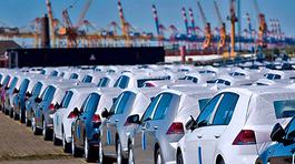 Hàng vạn ô tô thuế 0% tràn về: Hàng nhập giá ngon, xe nội gặp khó