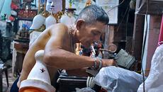 Ông già gom rác ở Sài Gòn cứu bác sĩ gặp nạn
