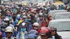 Cửa ngõ Sài Gòn tê liệt sau mưa, nghìn người lê lết đi làm muộn