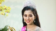 Hành trình đến với ngôi Hoa hậu Việt Nam của nữ sinh 18 tuổi chưa biết yêu