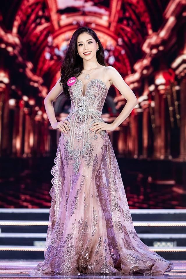 Đời thường của Á hậu được khen xinh hơn Hoa hậu Việt Nam 2018