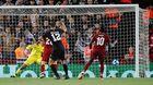 Liverpool 2-1 PSG: Salah bỏ lỡ (H2)