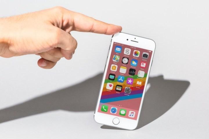 Apple,iOS 12,iPhone 8,iPhone Xs