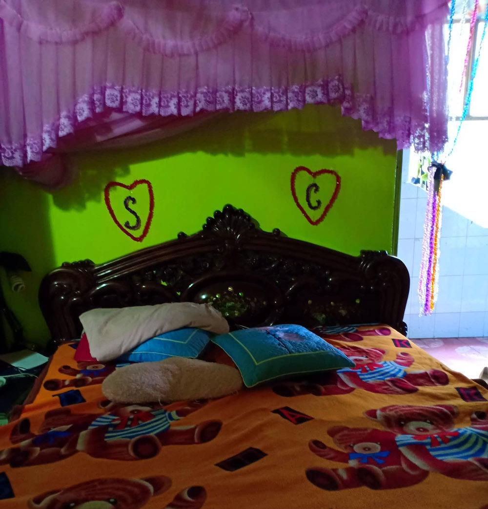 Phòng đôi tại nhà cô dâu, nơi hai vợ chồng sẽ sinh sống sau khi cưới.