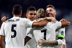 """Real Madrid """"thổi bay"""" Roma bằng 3 tuyệt phẩm"""