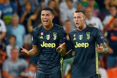 Ronaldo đón tin cực vui, tràn trề cơ hội đấu MU