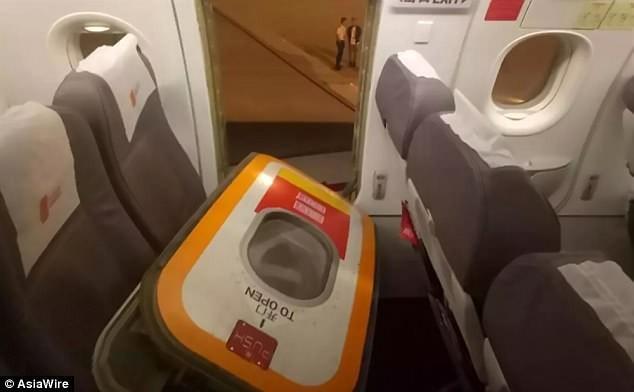 hành khách gây rối,máy bay,sự cố hàng không