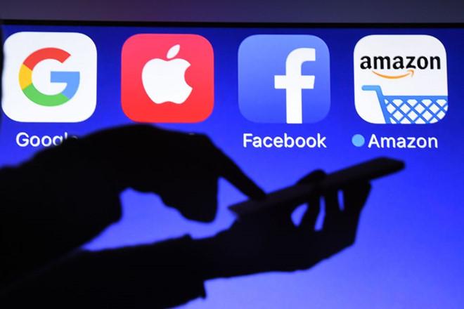 Sau Facebook và Google, đến lượt Amazon sợ người phụ nữ này