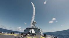 Uy lực đáng gờm của tàu chiến Canada sắp thăm Đà Nẵng