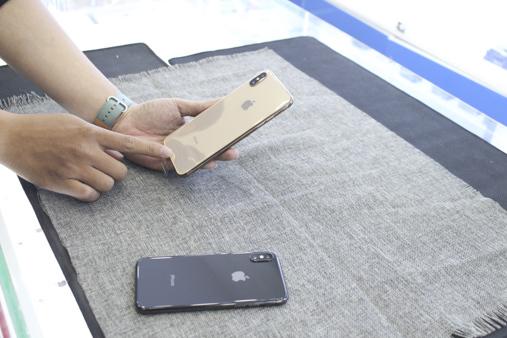 Một màu khác của iphone Xs Max
