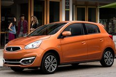 5 mẫu ô tô có giá 200 - 400 triệu đồng, nên chọn xe nào?
