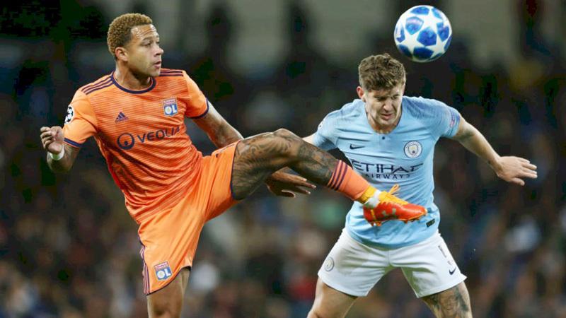 Mourinho đón Depay trở lại MU, Man City trói chân Aguero