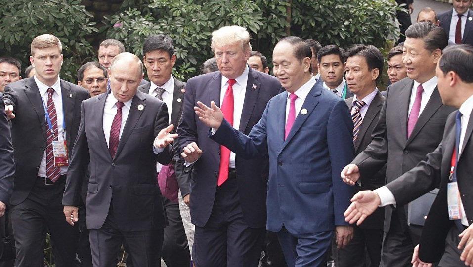 Chủ tịch nước Trần Đại Quang, Chủ tịch Trung Quốc Tập Cận Bình, Tổng thống Mỹ Donald Trump và Tổng thống Nga Putin