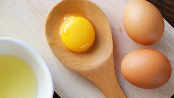 Dù thích trứng đến đâu, cũng đừng ăn chung với những đồ này