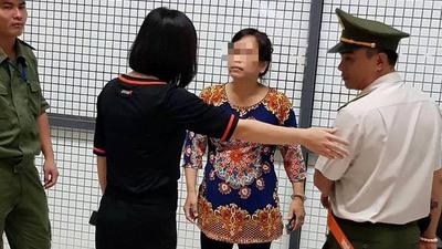 Vì 500 ngàn, nữ hành khách lăng mạ nhân viên hàng không ầm ĩ Nội Bài