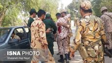 Khoảnh khắc các tay súng táo tợn nã đạn vào đoàn diễu binh Iran
