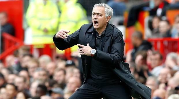 Mourinho nổi đóa: Hòa Wolves còn tệ hơn thua Tottenham
