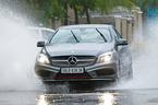 Những chi tiết trên xe ô tô cần bảo dưỡng sau khi đi mưa