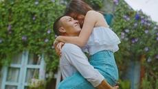 MC Hoàng Linh tình tứ bên chồng tại Đà Lạt