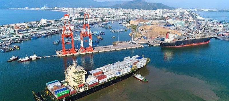 Cảng Quy Nhơn,đại gia kín tiếng,Hợp Thành,Khách sạn Daewoo,SaigonTourist,thâu tóm,Hanel,Lotte