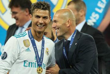 Real trải qua đêm đen tối nhất tại C1: Zidane, Ronaldo cùng cười...