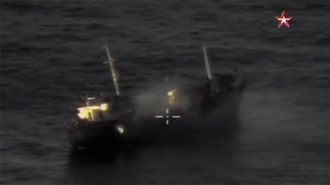 Ấn tượng cảnh tên lửa diêt hạm tối tân Nga bắn nát mục tiêu