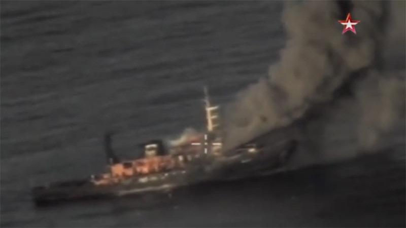Ấn tượng cảnh tên lửa tối tân của Nga bắn nát mục tiêu
