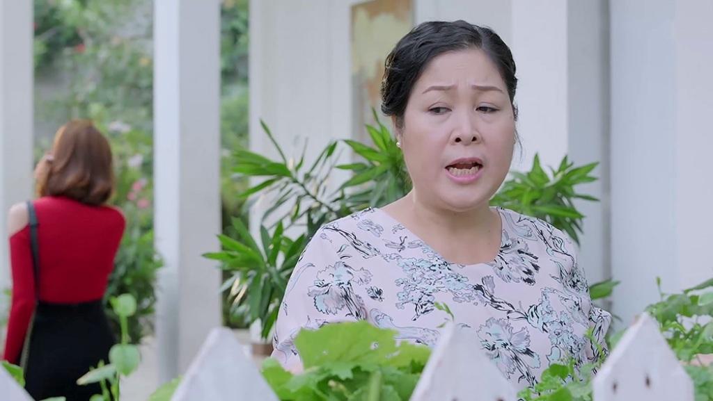 'Gạo nếp gạo tẻ' tập 63: Thuý Ngân chột dạ khi bị mẹ bắt nghỉ việc